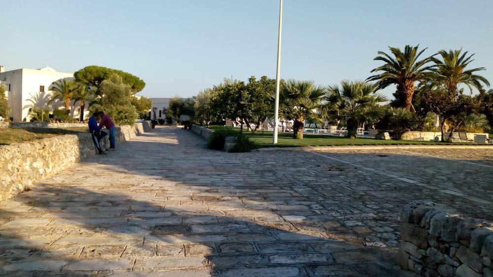 Realizzazione pavimentazione esterna in pietra